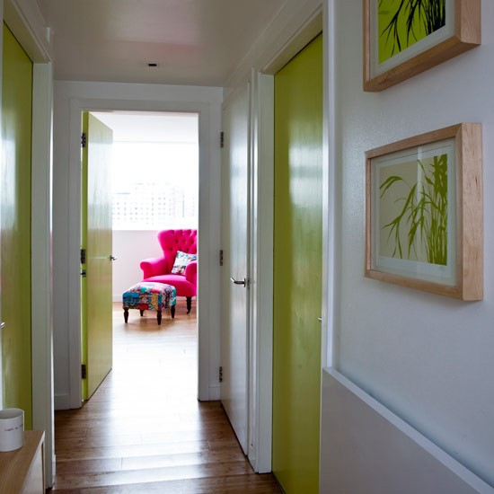 15 ways to decorate a hallway remodelaholic for Foyer paint color decorating ideas