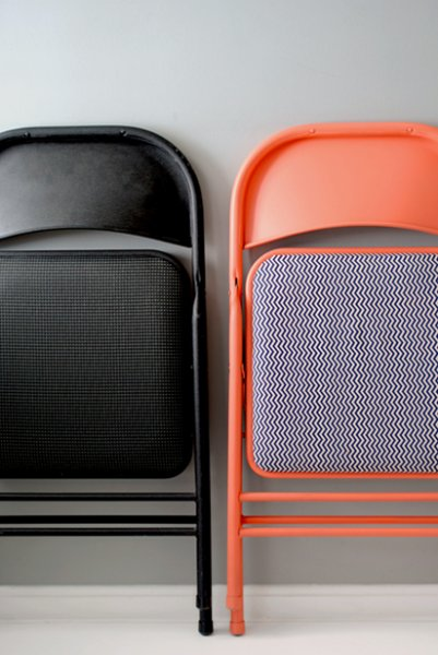 Bright Folding Chair Makeover