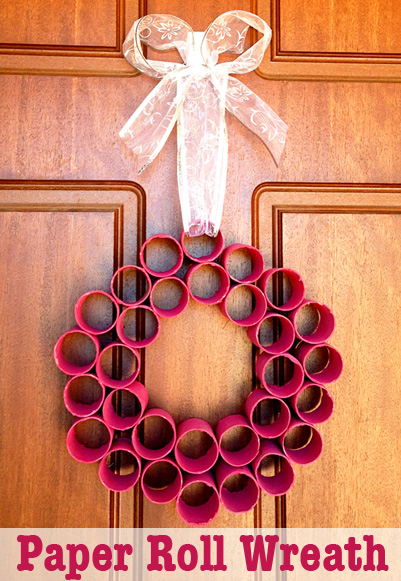 Remodelaholic 35 paper christmas decorations to make for Easy paper christmas decorations to make at home