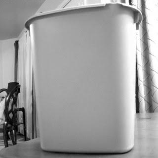 trash can 001