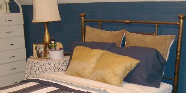 Blue room 24
