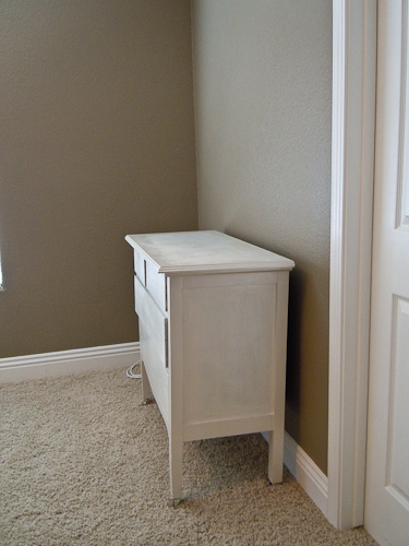 how to make a mirrored dresser from an old dresser tutorial (3)