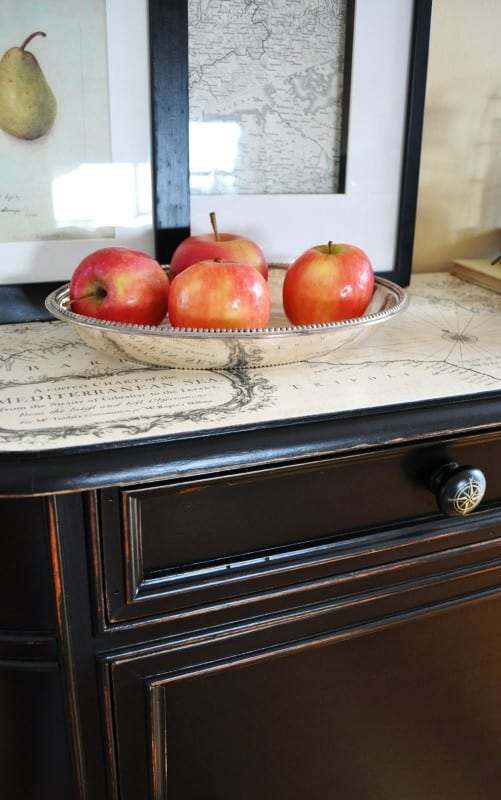 6 DIY Reclaimed Furniture, Beautiful!, By The Painted Hive Featured On @Remodelaholic