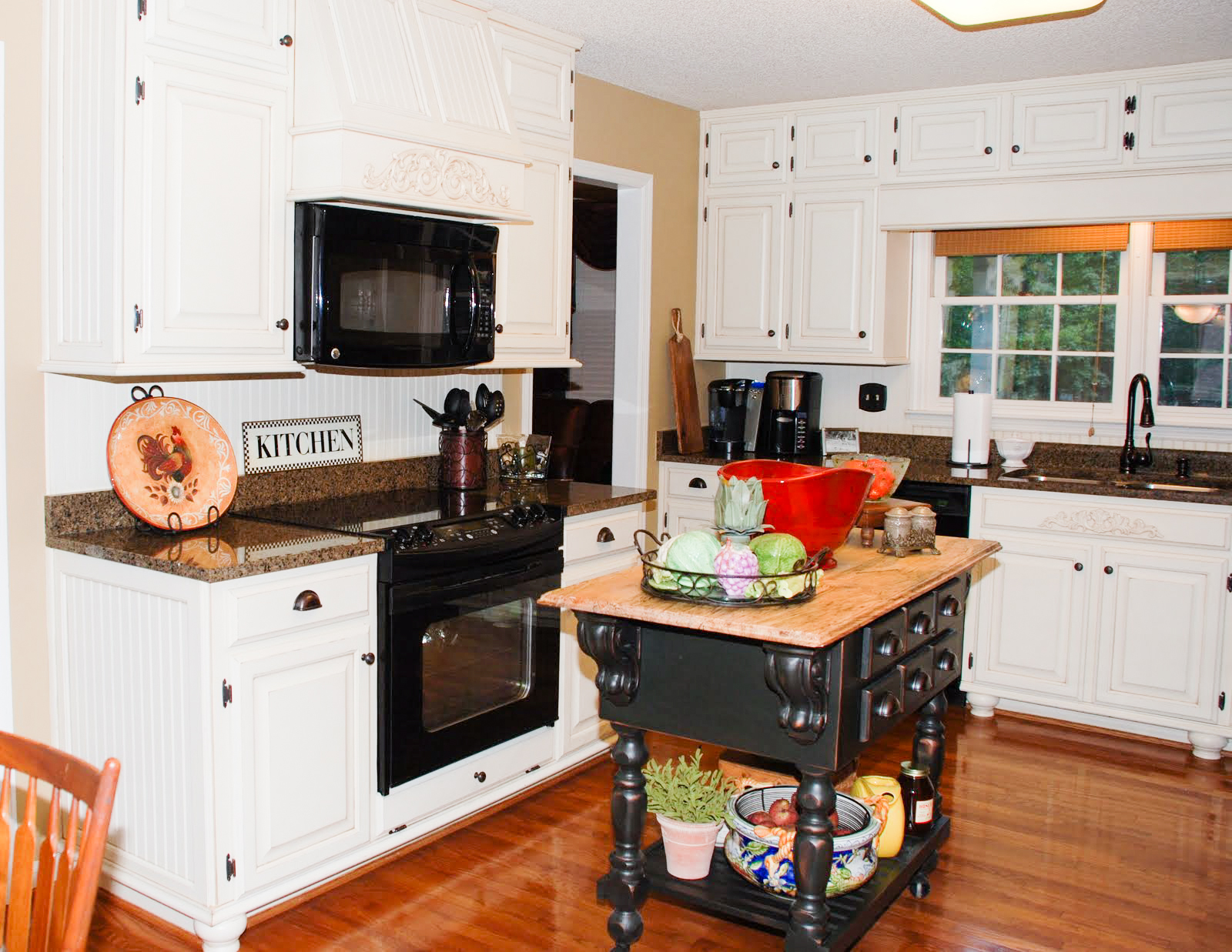 White Kitchen Oak remodelaholic | from oak kitchen cabinets to painted white cabinets