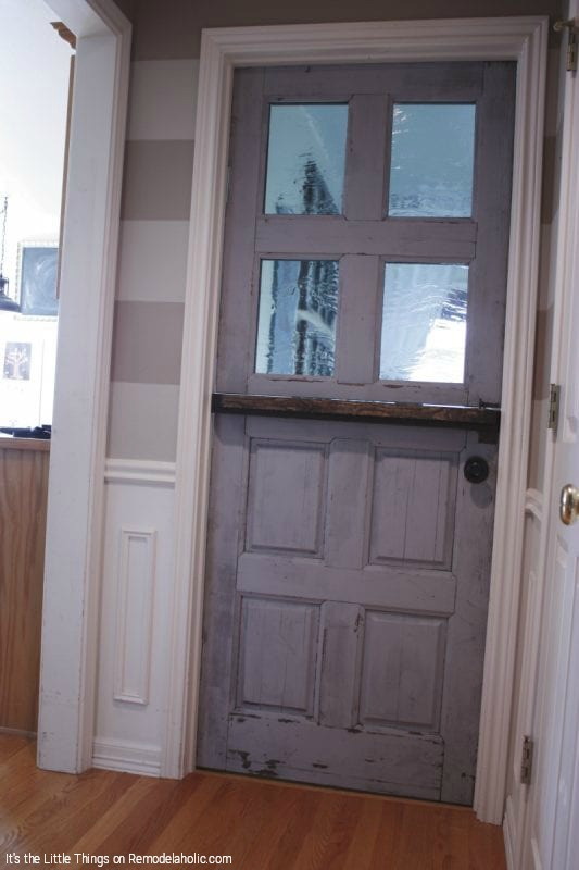 DIY Dutch Door With Glass Panels Tutorial By Its The Little Things Featured On @Remodelaholic 533x800