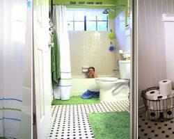 Fun kids bathroom green