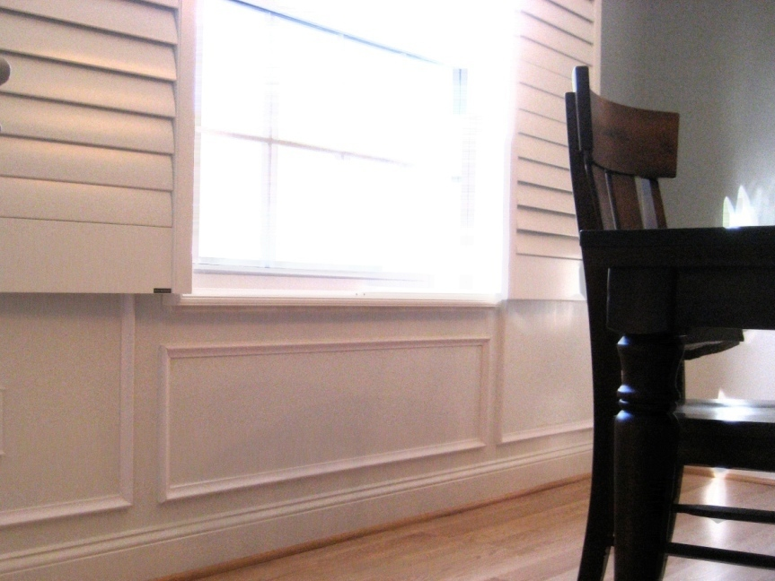 Remodelaholic faux technique for wood panels on wainscoting - Dining room panels ...