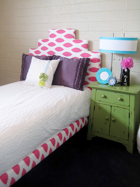 little girls upholstered bed 1a