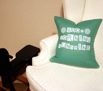 Easiest Pillow Cover Tutorial