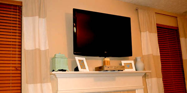 Wall Mount Flat Screen Tv Remodelaholic  Wall Mount Your Flat Screen Tv For Under $15 Dollars