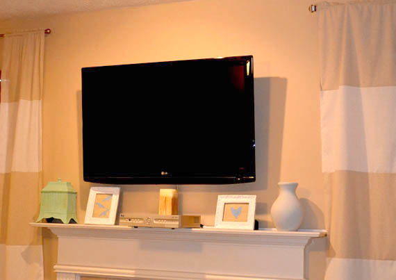 Remodelaholic | Wall Mount Your Flat Screen TV for Under $15 Dollars