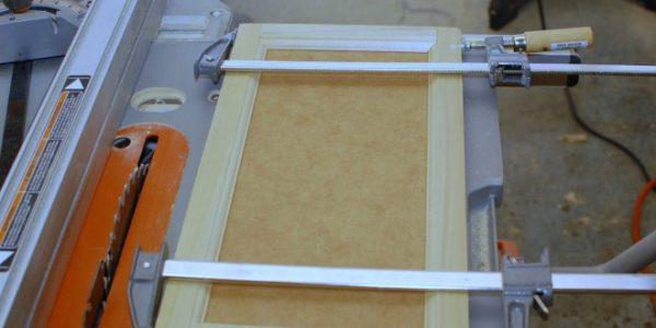 goodbye-faux-wood-paneling-our-revamped-bathroom-vanity-660x330
