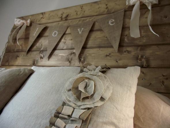 3 before reclaimed wood headboard tutorial (5)