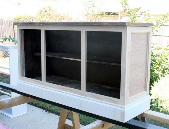 DIY Hutch Makeover, By @Remodelaholic
