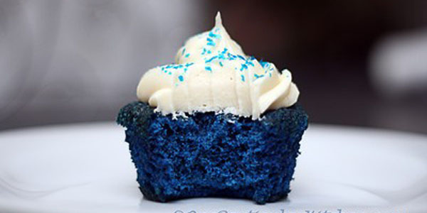 Blue-velvet-cupcakes-for-baby-boy-shower