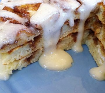 Whole Wheat Cinnamon Roll Pancakes & Recipe Link Party