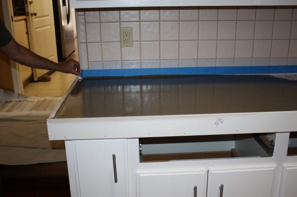 10 Level Quick Concrete Countertops, A DIY Picture Tutorial, By Design Stocker Featured On @Remodelaholic