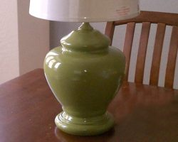 apple-green-spray-painted-lamps