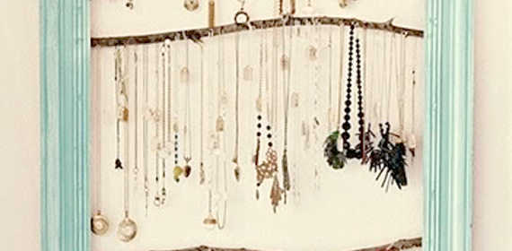 Remodelaholic | Another Beautiful Jewelry Holder/Display Idea-Pin Head