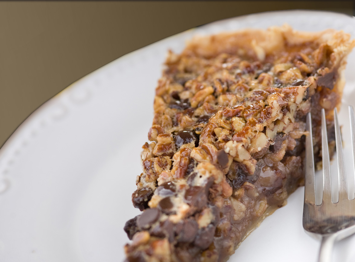 Remodelaholic | Chocolate Pecan Pie and Recipe Link