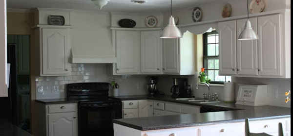 Dark kitchen cabinets white countertops - White kitchen dark counters ...