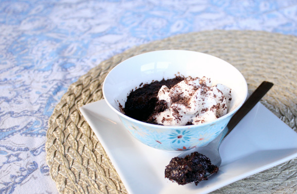 Individual-Chocolate-Microwave-Torte-Recipe (8)
