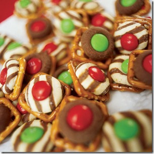 holiday-pretzel-treats-christmas-recipe
