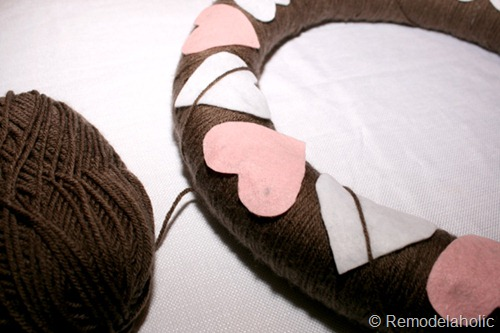 Argyle Valentine's Wreath from Remodelaholic