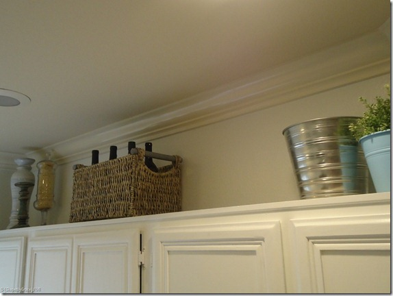 kitchen-remodel-grey-and-white-two-toned-painted-cabinets (10)