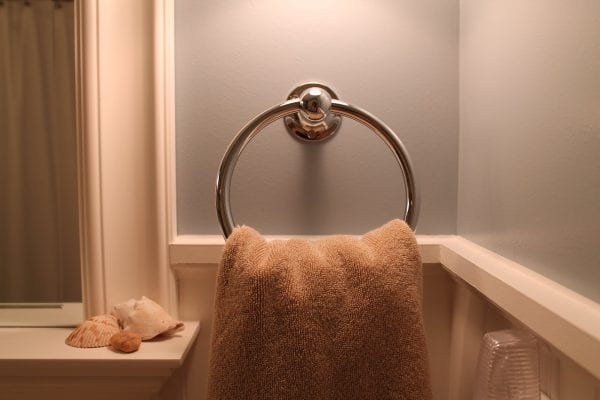 14 Complete bathroom remodel, by Elizabeth and Co featured on @Remodelaholic