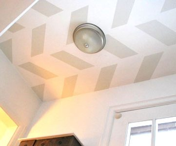 Painted Ceiling Pattern In Entry Hall