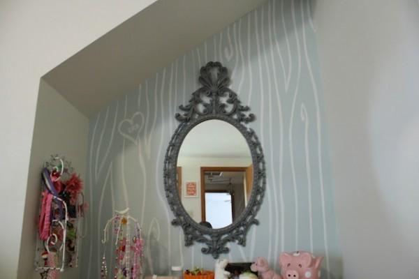 faux boispainted walls girls room nook