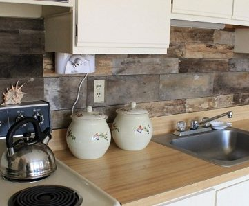 How To Install A Pallet Wood Back Splash
