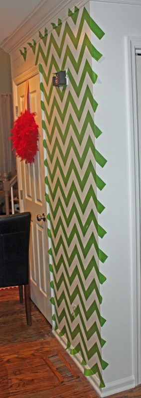 Chrvon stripe painting tutorial #Chevron #tutorial #wall (15)
