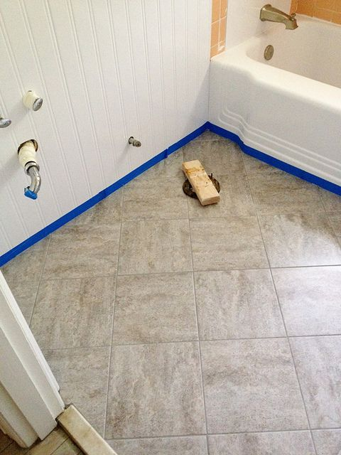 Bon Updating An Old Bathroom With Graoutable Peel And Stick Tiles (5)