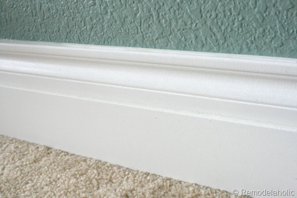 base-moldings-caulked.jpg