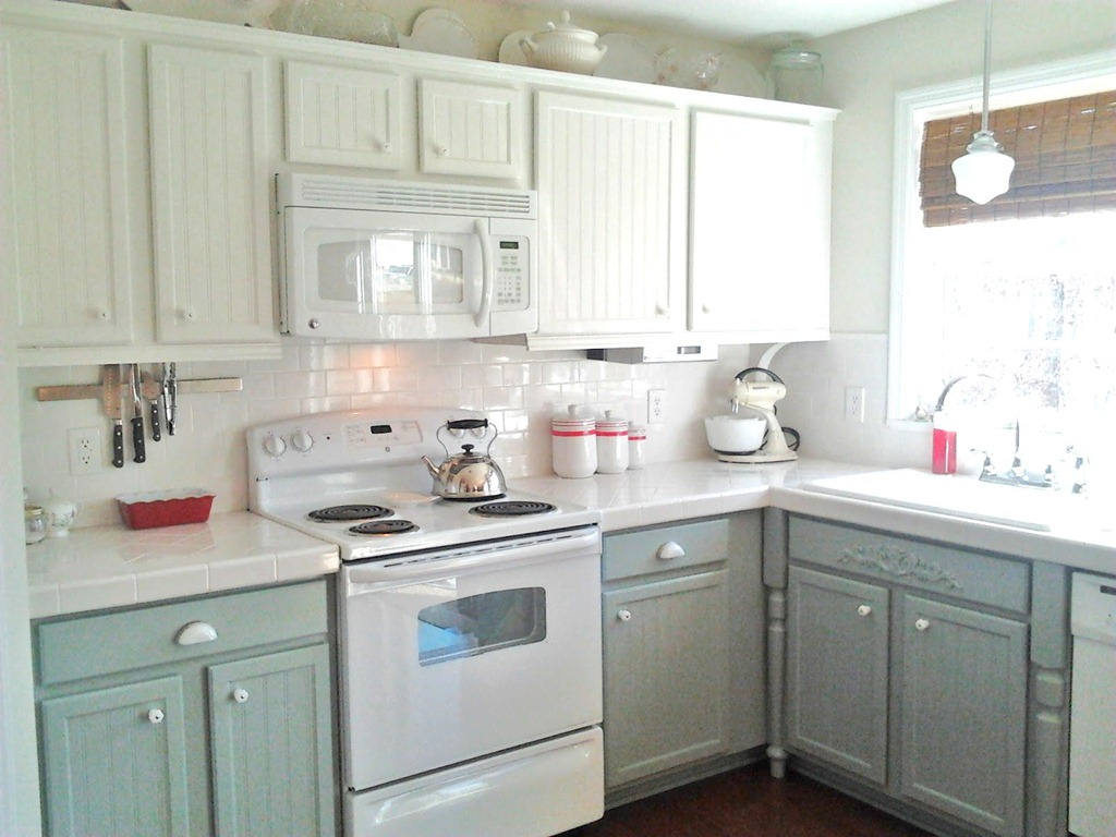Remodelaholic painting oak cabinets white and gray for Best paint for painting kitchen cabinets white