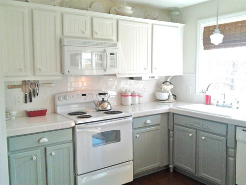 Kitchen CabiColors with White Appliances