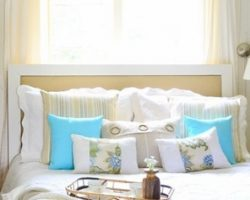 Beach-themed-bedroom-bedrooms-blue-green-lavender-accents2 (600x237)
