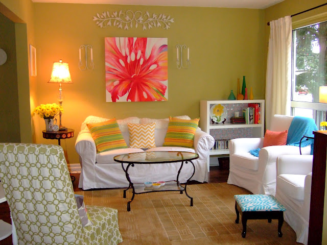 bright living room ideas. The space may be small  but the fun colors make this room live large bright colored living rooms 2017 Grasscloth Wallpaper
