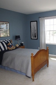 Blue Boys Bedroom With Chevron Curtains (199x299) ...