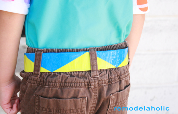 Chevron Stripe Duct Tape Belt Tutorial (28)
