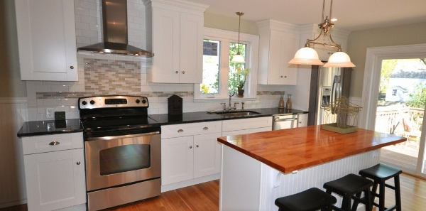 SoPo-cottage-beautiful-home-renovation-feature-pic (600x297)