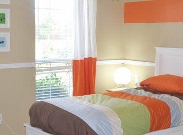 Orange Accent Boys Bedroom