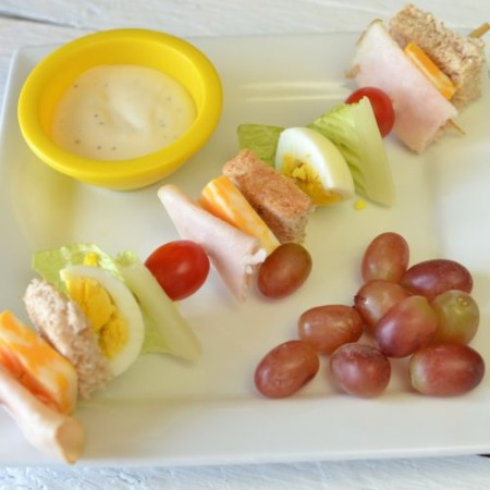 Sandwich and salad skewers for school lunches