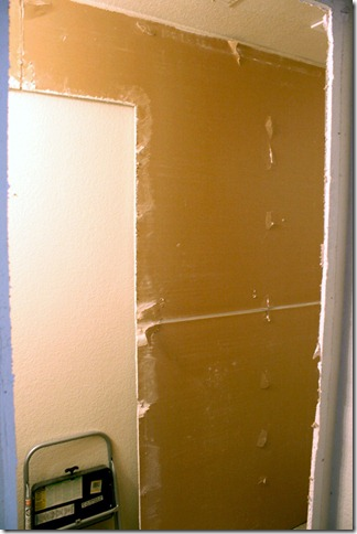 Remove drywall to install a pocket door by Remodelaholic