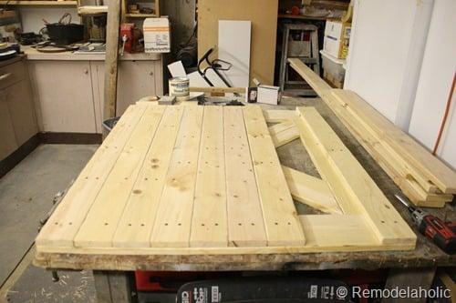DIY dutch barn door (50)