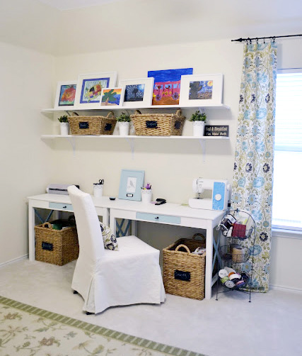 Remodelaholic fun craft room makeover - Craft room ideas for small spaces concept ...