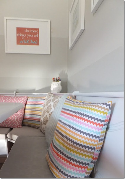 dining nook with ombre painted stripe walls (12)