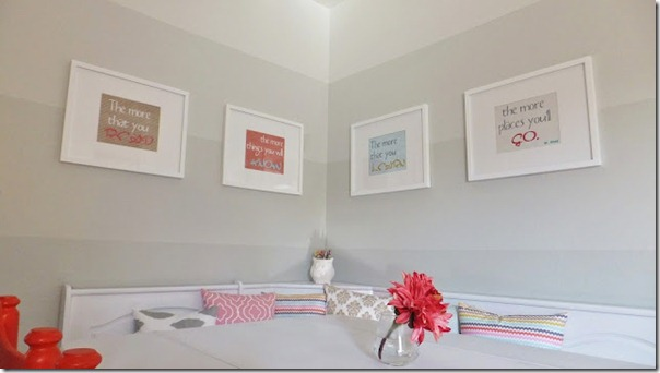 dining nook with ombre painted stripe walls (21)